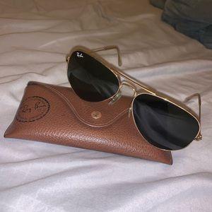 Ray-Ban polarized aviator sun glasses